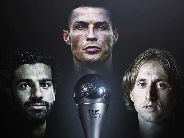 Top 3 hay nhất FIFA 2017/2018: Ronaldo đấu Salah & Modric, Messi ra rìa