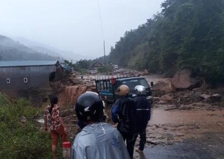 Lai Châu lại đứt đường, chết người do mưa lũ - 1