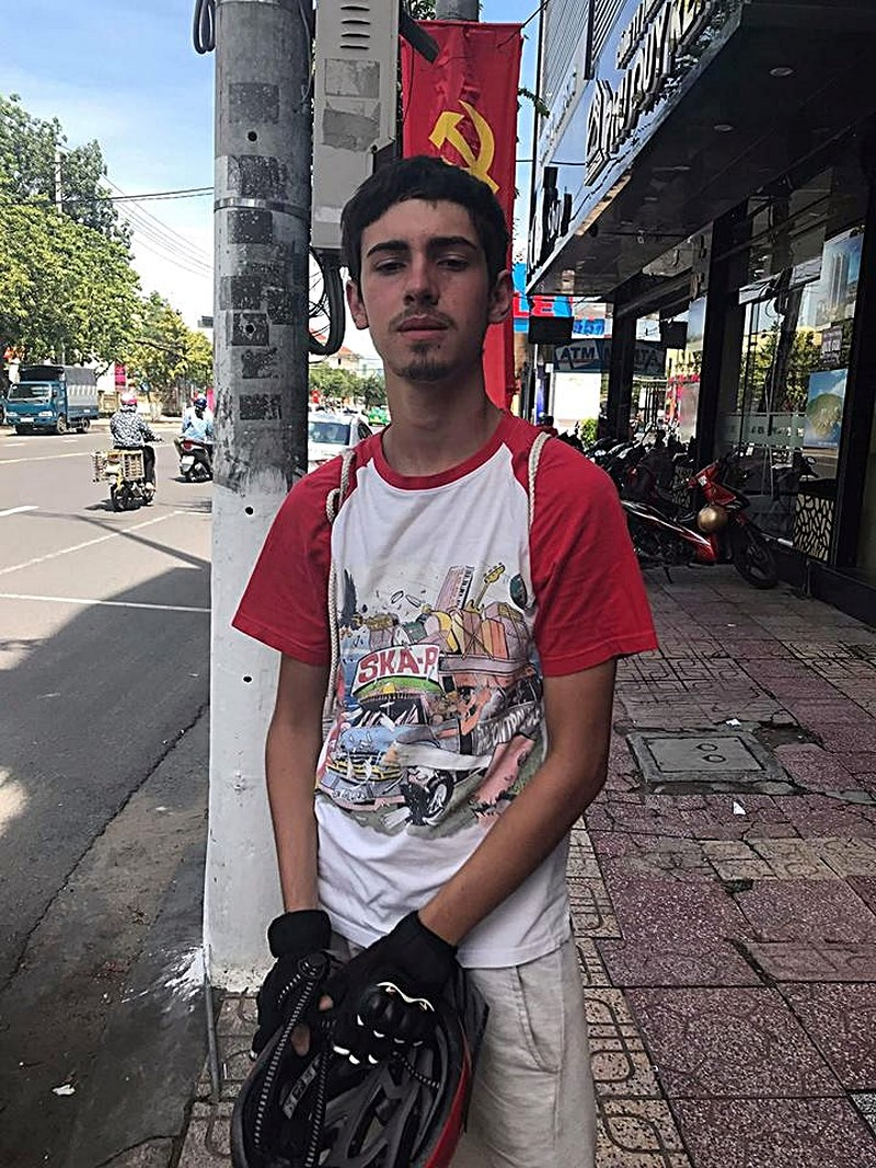 Đã tìm thấy chàng trai Tây Ban Nha mất tích khi đạp xe xuyên Việt - 1