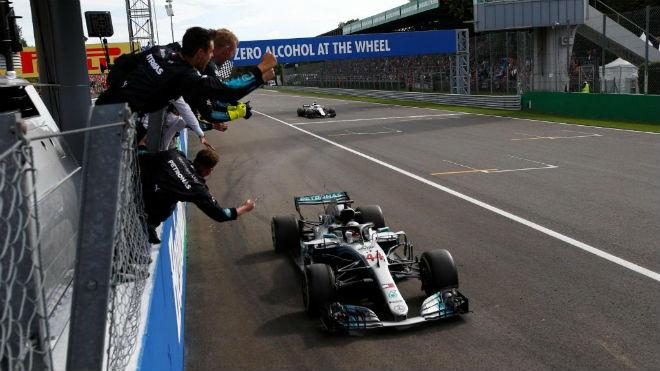 Đua xe F1, Italian GP: Vinh quang Hamilton 1 chọi 2, Ferrari thảm bại - 1