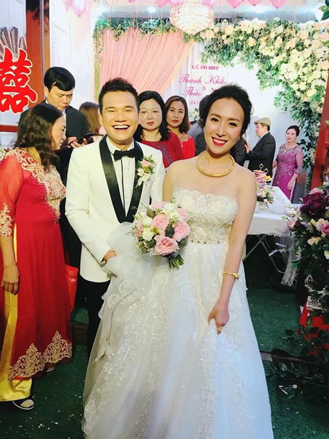 Đầu tháng 4 năm nay, cặp đôi Khắc Việt và Thảo Bebe hạnh phúc về chung một nhà. Cuộc sống của nữ DJ 9X sau 5 tháng kết hôn khiến cư dân mạng tò mò.