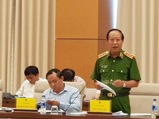 Vụ đánh bạc: Chỉ ông Phan Văn Vĩnh và Nguyễn Thanh Hoá trực tiếp tham dự, cấp dưới không biết - 1