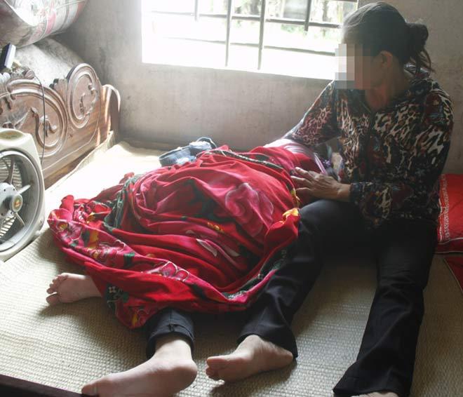 Nỗi lòng của người mẹ có con gái 11 tuổi nghi bị xâm hại - 1