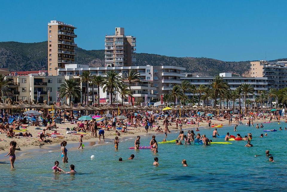 """Ở nơi bị coi là """"thủ phủ cưỡng hiếp"""" của Tây Ban Nha - 1"""