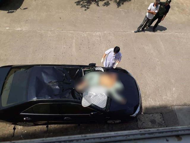 Bệnh nhân rơi từ tầng 10 bệnh viện xuống nóc xe ô tô đậu dưới sân