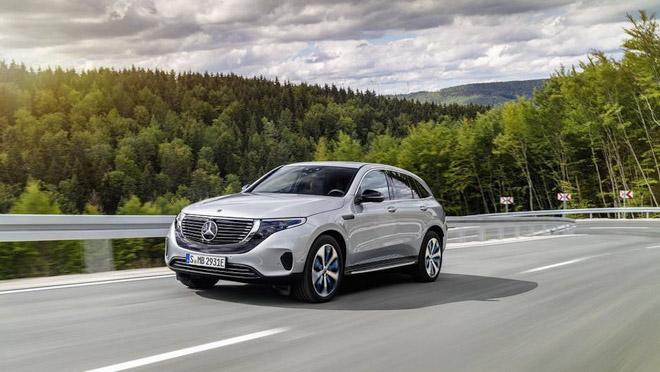 Mercedes-Benz chính thức giới thiệu chiếc xe chạy điện đầu tiên - 1