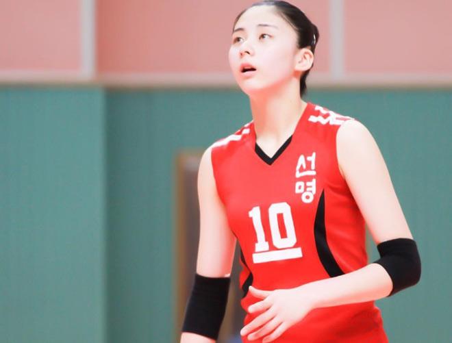 Bóng chuyền nữ: VĐV 19 tuổi đẹp như tiên giáp mặt Việt Nam giải châu Á - 1