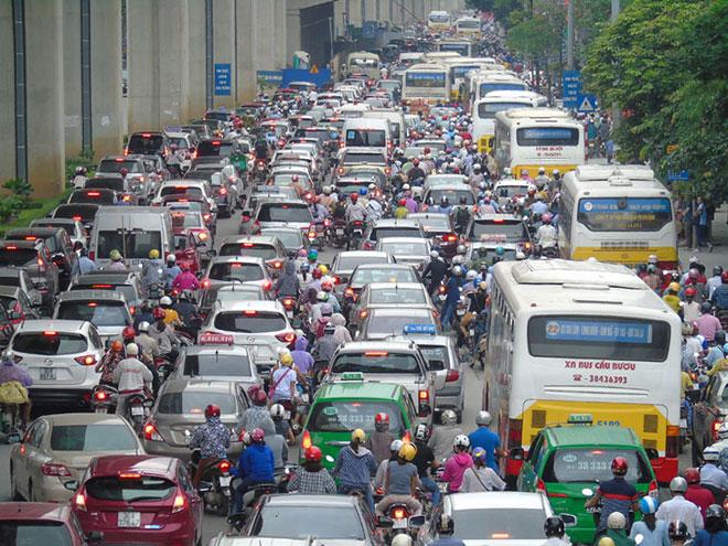 Hà Nội muốn thu phí ô tô, xe máy vào khu vực ùn tắc - 1