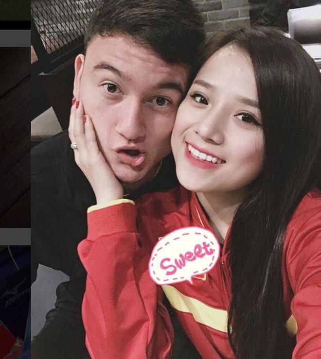 Vừa chia tay, thủ môn Văn Lâm đã có bạn gái mới nóng bỏng? - 1