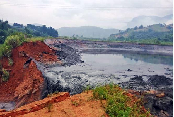 Sự cố tràn 45.000 m3 bùn thải là rất nghiêm trọng - 1