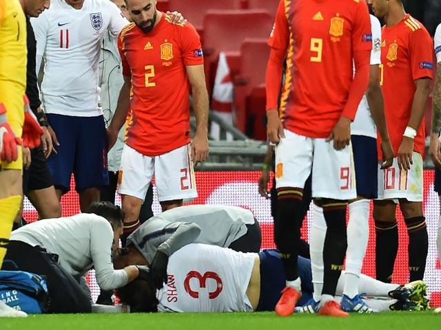 Luke Shaw chấn thương bất tỉnh nhân sự, MU - Mourinho lo sốt vó