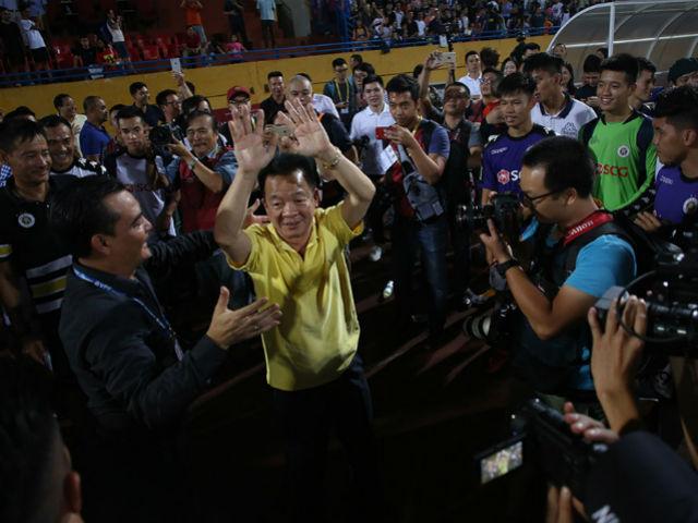 Hà Nội lại bá chủ bóng đá Việt Nam: Bầu Hiển chưa vội thưởng nóng