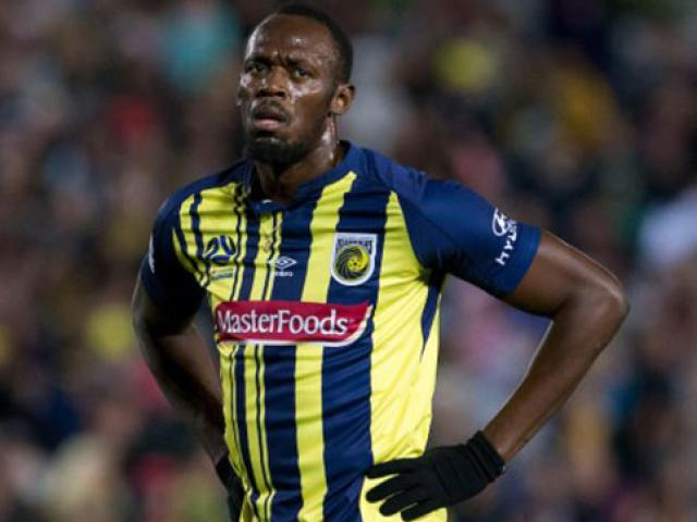 """Đá bóng """"chân gỗ"""" khó đến MU: U.Bolt lại chạy vô địch trên """"vũ trụ"""""""