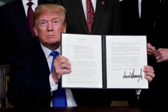 Khắp thế giới cấm cửa đầu tư Trung Quốc - 1