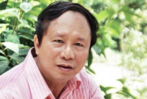 """""""Ông trùm hoa hậu"""" kể lần gặp Nguyễn Thị Huyền đẹp nhất khi bị ốm - 1"""