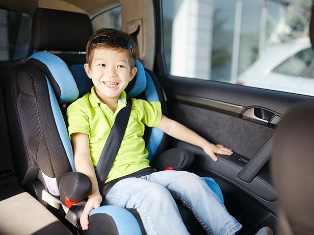 10 lưu ý cần nhớ khi chở trẻ em trên xe ôtô