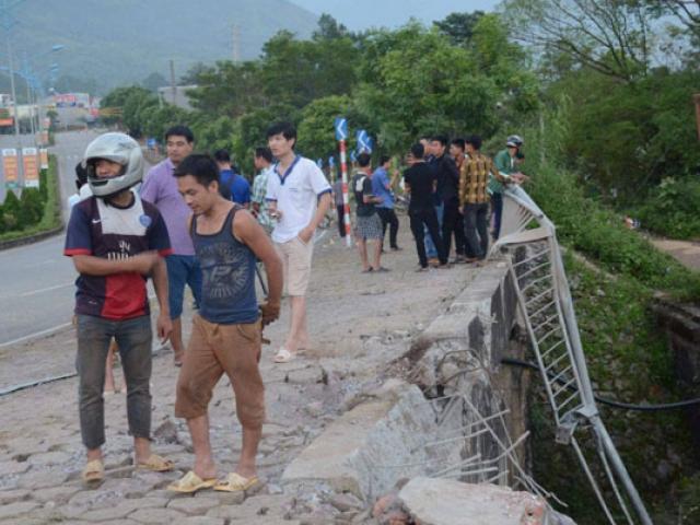 """TNGT 13 người chết Lai Châu: Tài xế liên tục la hét """"tránh ra"""""""