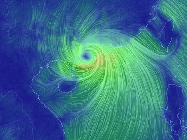 Bão MANGKHUT giật cấp 15 hoành hành Trung Quốc, miền Bắc mưa to