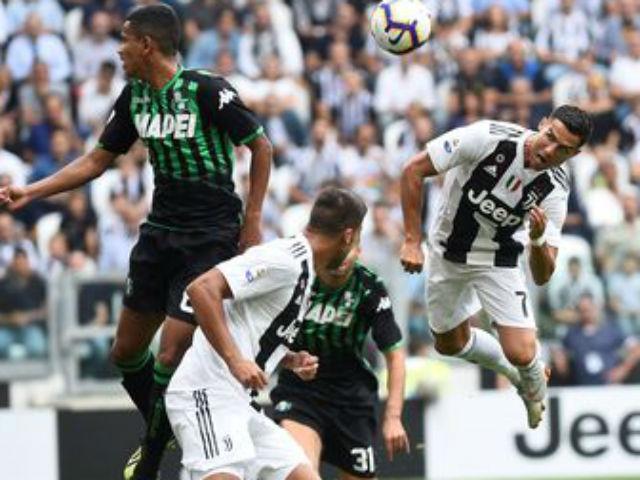Juventus - Sassuolo: Ronaldo gầm thét, tưng bừng mở đại tiệc