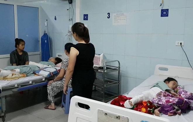 Giành giật sự sống vụ TNGT thảm khốc 13 người chết ở Lai Châu - 1