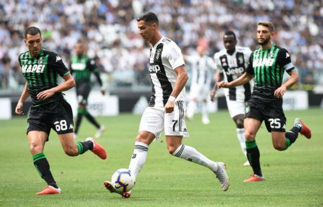 Juventus - Sassuolo: Ronaldo gầm thét, tưng bừng mở đại tiệc - 1