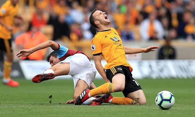 Wolverhampton - Burnley: Bắn phá khủng khiếp, 3 điểm ngọt ngào - 1