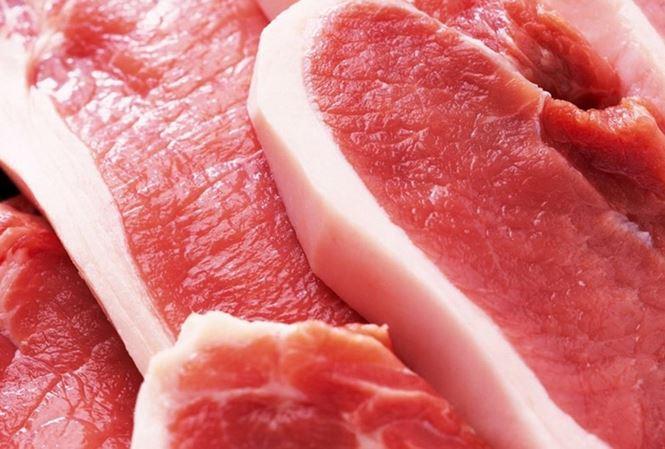 Việt Nam nhập khẩu hơn 1000 tấn thịt lợn từ Ba Lan mỗi tháng - 1