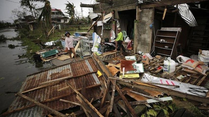 Ước tính 100 người thiệt mạng vì siêu bão Mangkhut ở Philippines - 1