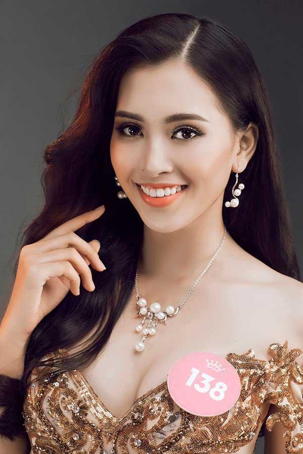Tân Hoa hậu Việt Nam thích khoe đôi chân dài cả mét với quần, váy ngắn - 1