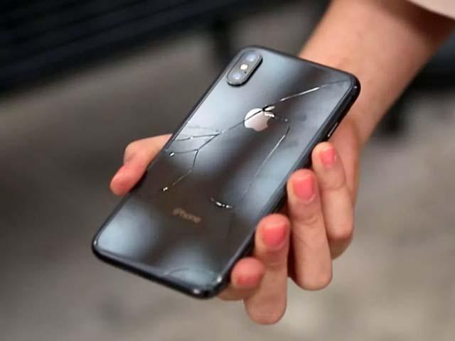 """""""Quặn lòng"""" với chi phí thay màn hình iPhone XS Max"""