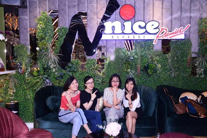Tìm địa điểm karaoke cao cấp, sang chảnh, dịch vụ hoàn hảo tại Sài Gòn - 1