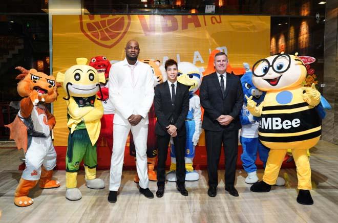 Tin thể thao HOT 17/9: SAO bóng rổ Mỹ hay nhất VBA 2018 - 1
