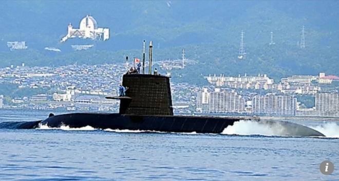 """Nhật Bản """"nắn gân"""" TQ bằng tập trận tàu ngầm ở Biển Đông - 1"""