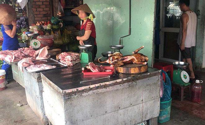 Thấy đoàn kiểm tra, người bán thịt chó ở Sài Gòn nháo nhào tháo chạy - 1