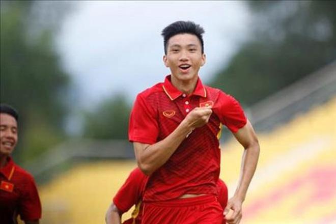 Có lãng phí không khi để Văn Hậu đá tuyển U19 Việt Nam? - 1