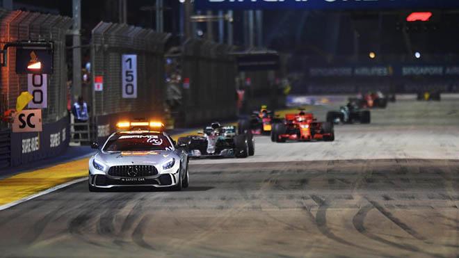 Đua xe F1: 'Số 4 may mắn' của Hamilton - 1