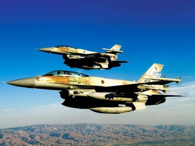 Vì sao Syria bắn máy bay quân sự Nga khiến 15 người chết?