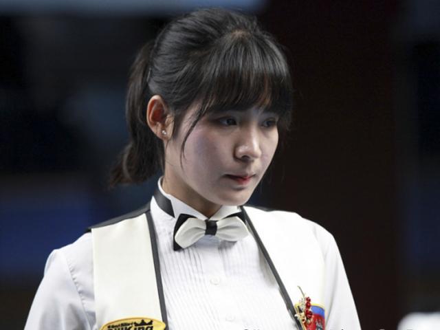 """Bi-a: Người đẹp Campuchia gây """"sốt"""" tại giải vô địch thế giới"""