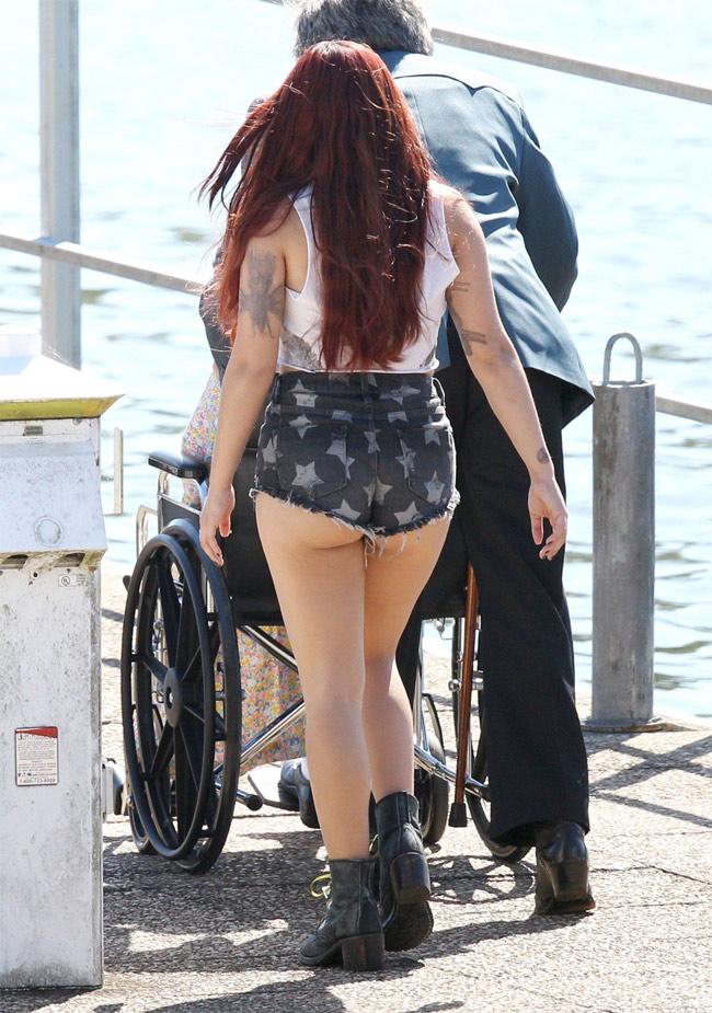 """Nhiều lần cô béo xinh đẹp Ariel Winter ứng dụng cách ăn mặc """"hở trên lần dưới"""" khiến người xung quanh phải nóng mắt."""