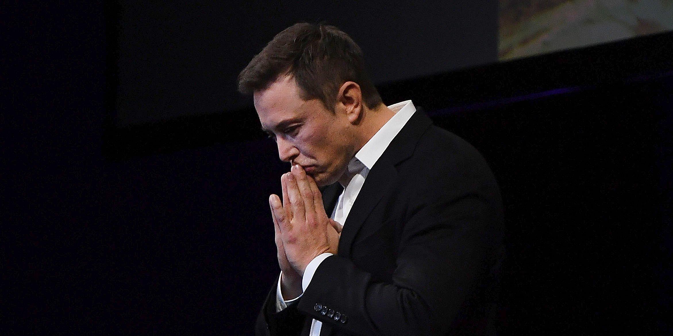 """Công ty của """"người sắt"""" Elon Musk đối mặt với số phận bấp bênh - 1"""