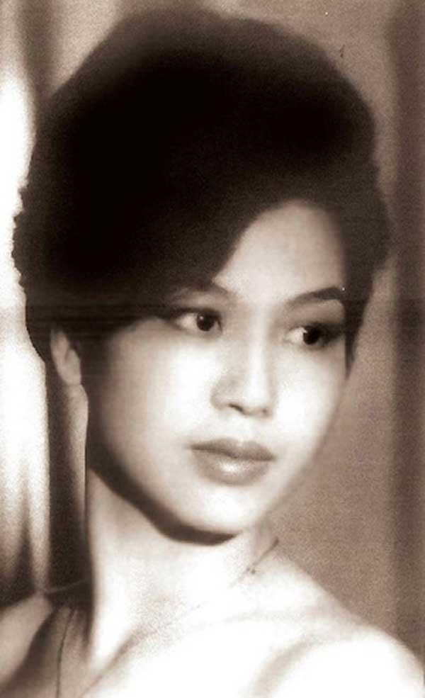 Hoa hậu đầu tiên của Sài Gòn và hoa hậu duy nhất là nhà thơ - 1