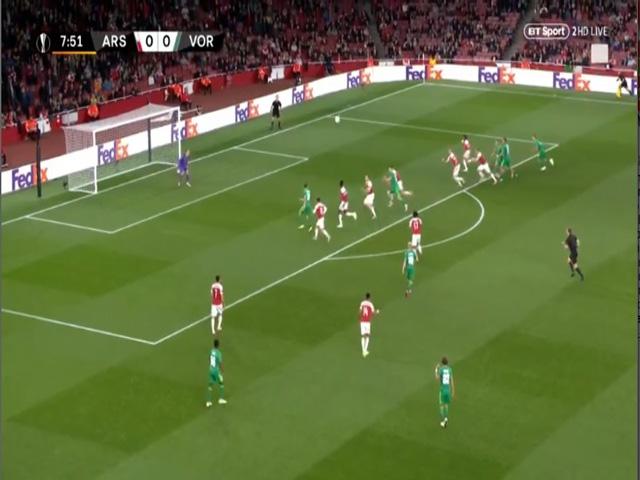 Chi tiết Arsenal – Vorskla: Siêu phẩm ấn định tỉ số (KT)