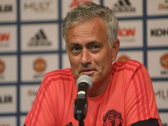 """Trực tiếp họp báo MU - Wolves: Mourinho chuẩn bị bài gì để """"diệt Sói"""""""