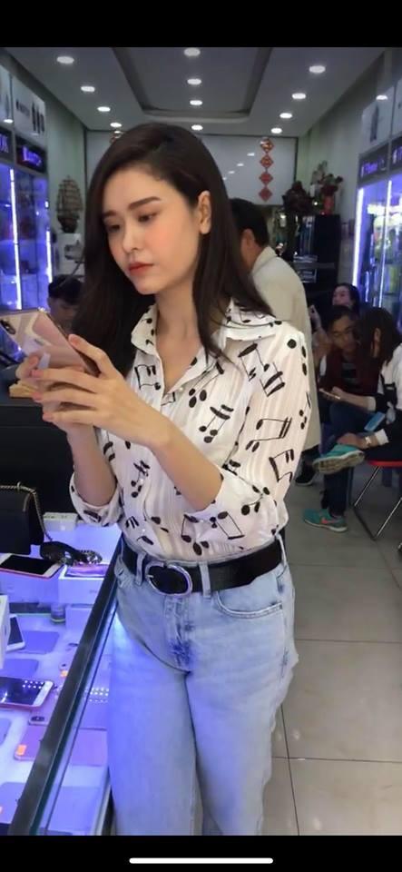 Đây là những sao Việt đầu tiên sở hữu siêu phẩm Iphone XS với giá cao kỷ lục - 1