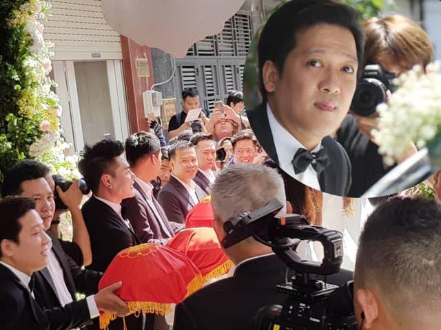Mr. Cần Trô, Anh Đức giúp Trường Giang bê tráp đến hỏi cưới Nhã Phương