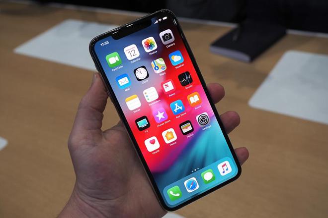 Fan Samsung cay đắng nhìn công ty tiếp tay Apple đánh bật Galaxy Note 9 - 1