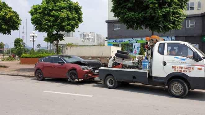 Tài xế không đến giải quyết, sẽ tịch thu Mazda3 náo loạn Cầu Diễn - 1