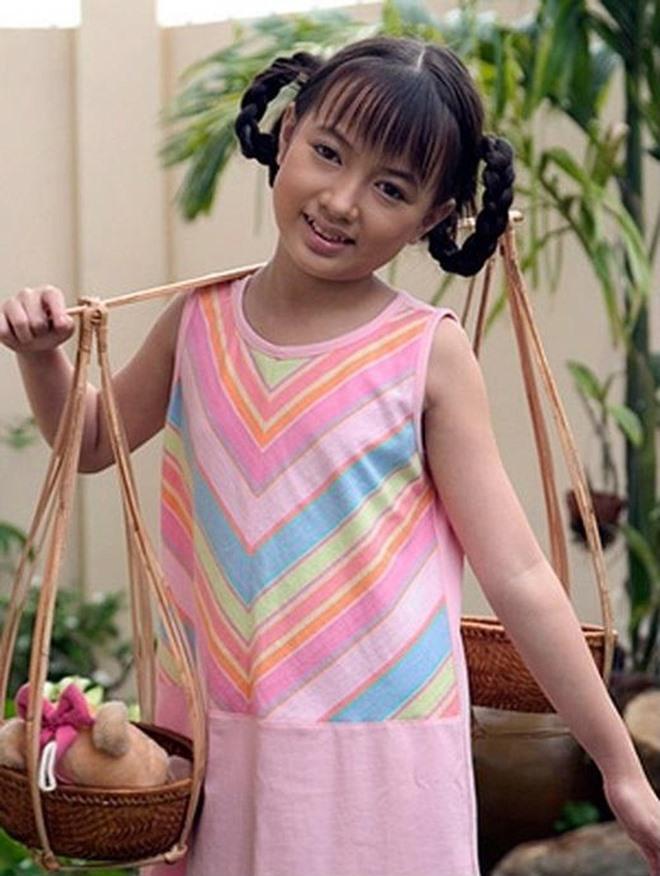 """""""Bé"""" Xuân Nghi nổi tiếng trong đĩa nhạc """"dụ"""" trẻ ăn ngon giờ ra sao? - 1"""