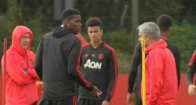 MU căng thẳng leo thang: Mourinho ra tối hậu thư chọn ông hoặc Pogba - 1