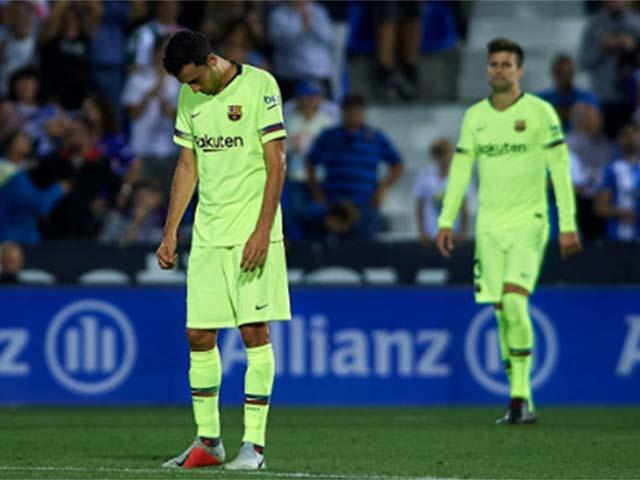 """Barca thua sốc tý hon: Bi kịch """"gà nhà đá nhau"""", Messi cũng bó tay"""